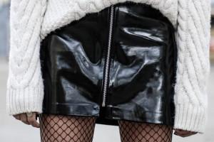Comment porter la mini-jupe cet hiver ?