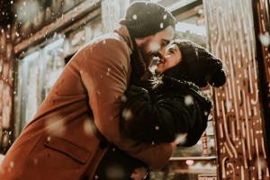 Saint-Valentin : 4 conseils mode pour le faire craquer